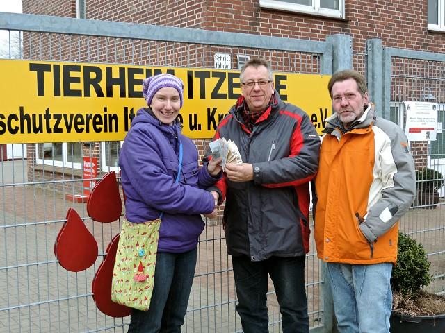 07.04.13-SpendenGeld